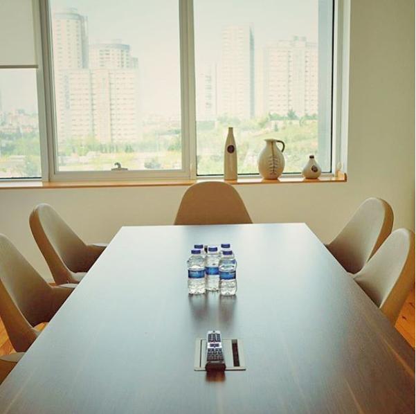 Bir Toplantı Salonu Kiralamak Neden Daha İyi Bir Çözüm?