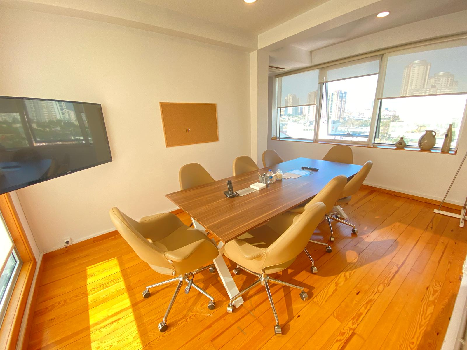 Master ofis Ataşehir şubesi Toplantı Odası